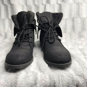 Madden Girl Ruxben Fold Over Combat Lace Up Boots